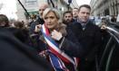 Marine Le Pen durante manifestação em solidariedade a Mireille Knoll Foto: Thibault Camus / AP