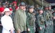 Maduro com a mulher, Cilia Flores, e Vladimir Padrino Lopez, ministro da Defesa: descontentamento crescente entre militares