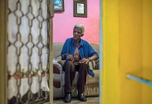 Luiz Sérgio: internado em asilo-colônia desde 1981, ele recebeu uma ordem de despejo do governo paulista no ano passado; outras família receberam notificação Foto: Edilson Dantas