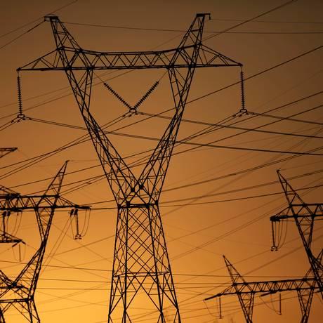 Desestatização. Linhas de transmissão: empresas da Eletrobras voltariam ao Plano Nacional de Desestatização (PND) Foto: UESLEI MARCELINO / Reuters/31-8-2017