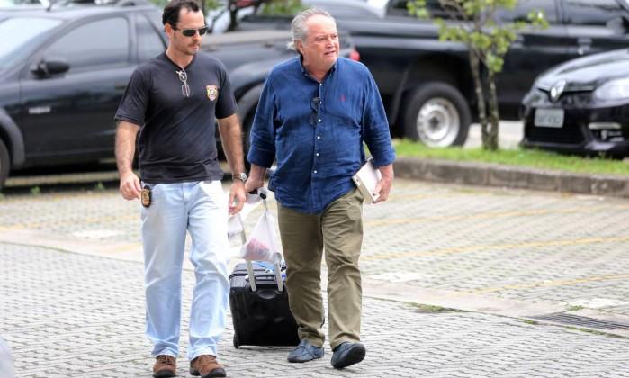 Wagner Rossi ex-ministro da Agricultura é escoltado pela Polícia Federal- PAULO WHITAKER  REUTERS