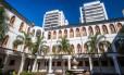 Novo e antigo.Na Tijuca, duas torres residenciais no mesmo terreno onde o centenário convento foi reformado e ganhou 37 lofts Foto: DIVULGAÇÃO