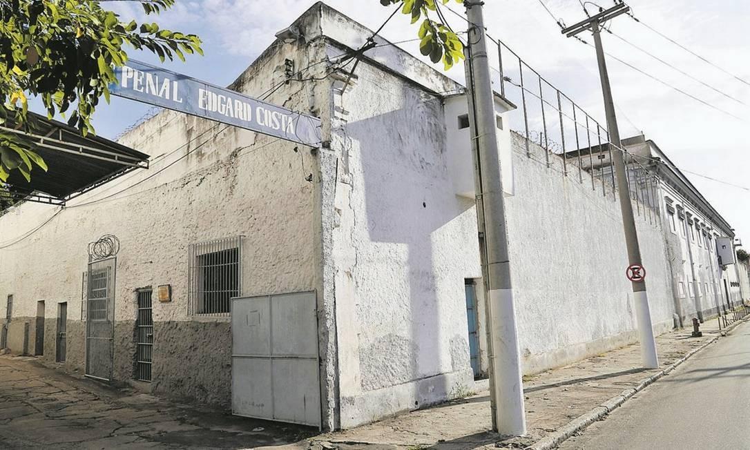 Instituto Edgard Costa. A maior unidade prisional de Niterói fica na Rua São João, no Centro, e abriga 757 presos: quase o dobro da capacidade real, de 383 detentos Foto: Fábio Guimarães / Agência O Globo