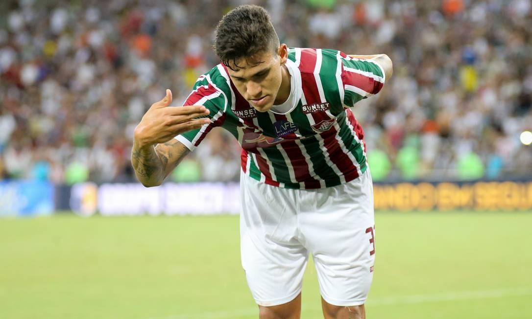 No Embalo De Pedro, Fluminense Estreia Contra O