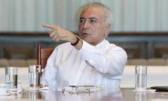 Temer anuncia novo ministro do Planejamento e presidente do BNDES