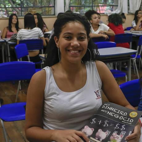 """Visão de futuro. Sofia: """"Sempre penso antes no que realmente quero"""" Foto: Edilson Dantas / Agência O Globo"""