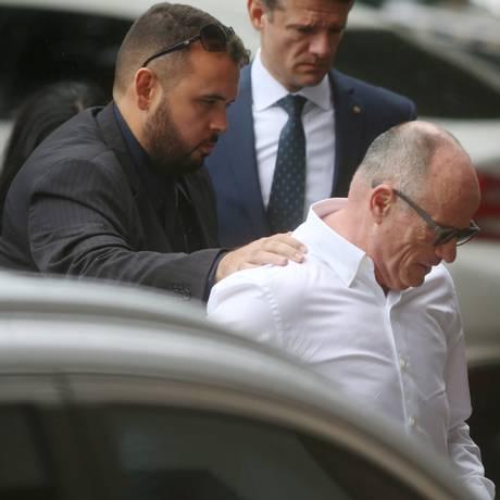 Presidente afastado do TCE-RJ Aloysio Neves foi preso durante a Operação Quinto do Ouro Foto: Fabiano Rocha / Agência O Globo