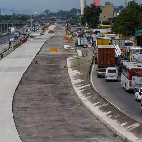 Obra parada e sem funcionários na Cidade Alta Foto: Marcelo Régua / Agência O Globo