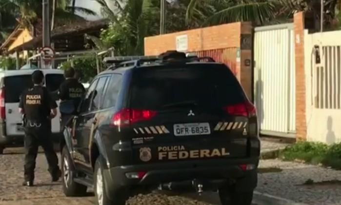 Prefeito, vice e vereadores são presos por esquemas de corrupção em PB