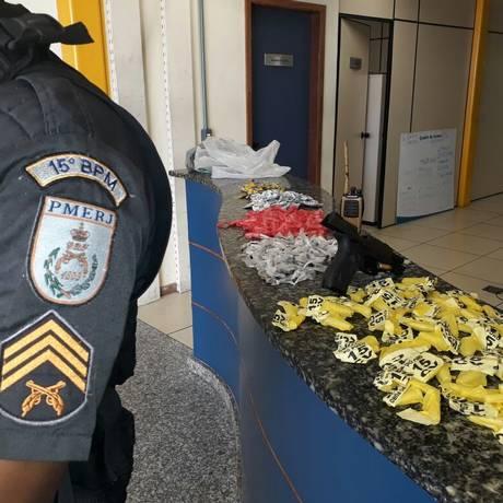 O material apreendido durante operação em comunidades de Duque de Caxias Foto: Divulgação / Polícia Militar