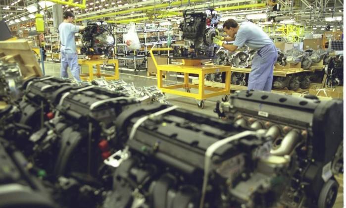Impulsionada por televisores, produção industrial cresce 0,2% em fevereiro