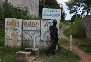 Operação das forças de Segurança em São Gonçalo. Arquivo: 02/03/2018 Foto: Fabiano Rocha / Agência O Globo