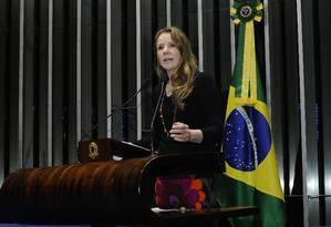 A senadora Vanessa Grazziotin (PCdoB-AM) discursa no plenário do Senado Foto: Waldemir Barreto/Agência Senado