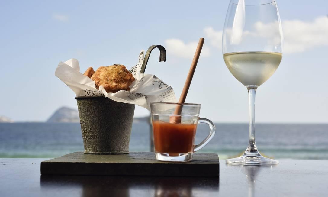 Masserini Osteria di Mare. O ravióli de queijos é frito e servido com molho de tomate especial. Hotel Sol Ipanema. Av. Vieira Souto 320, Ipanema (2521-6464) Bruno de Lima / www.brunodelima.com