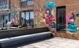 Os grafites assinados por Toz no terraço Foto: Fran Parente / Fran Parente