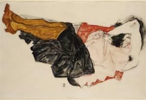'Mulher escondendo o rosto' Foto: Egon Schiele