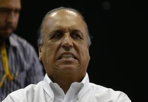 O governador Luiz Fernando Pezão Foto: Pablo Jacob / Agência O Globo