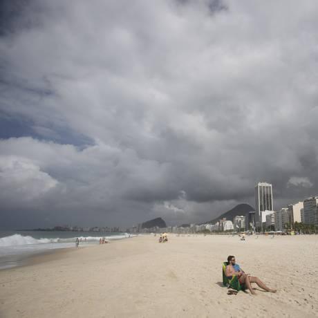Nuvens vistas na paisagem de Copacabana em 06/04/2018 Foto: Márcia Foletto / Agência O Globo