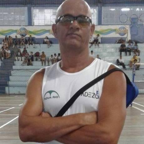 Paratleta Jadir Antunes tem carro roubado em Nova Iguaçu, na Baixada Fluminense Foto: Reprodução