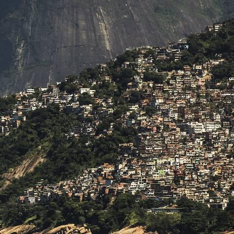 O Morro do Vidigal, na Zona Sul do Rio Foto: Guito Moreto - 24/03/2018 / Agência O Globo