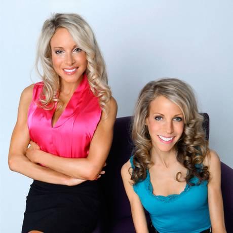 As irmãs Tammy e Lyssie Lakatos: autoras de dieta antissal provocaram reação da indústria alimentícia Foto: Divulgação