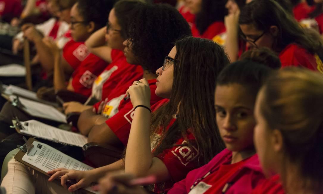 Alunas participam de aula antes do Enem Foto: Leo Martins / Agência O Globo/4-11-2017