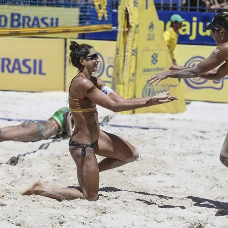 Carol Solberg e Maria Elisa comemoram conquista nacional Foto: Divulgação/Wander Roberto