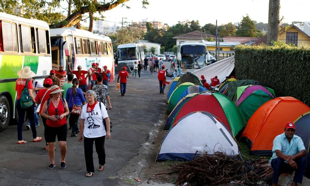 O PT decidiu transferir a sede do partido para Curitiba, enquanto Lula estiver preso Foto: RODOLFO BUHRER / REUTERS