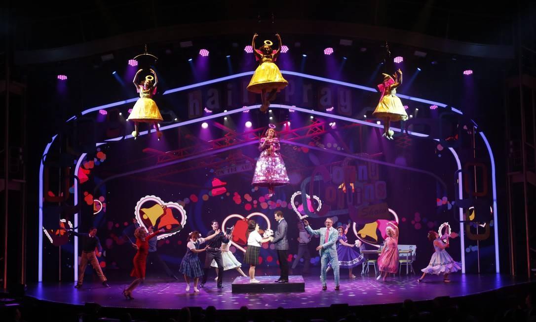 """O musical """"Hairspray"""", com montagem da Broadway Marcelo Carnaval / Agência O Globo"""