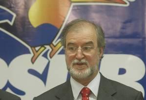 Azeredo, ex-governador de MG: acusado de desviar R$ 3,5 milhões Foto: Gustavo Miranda/21-09-2004