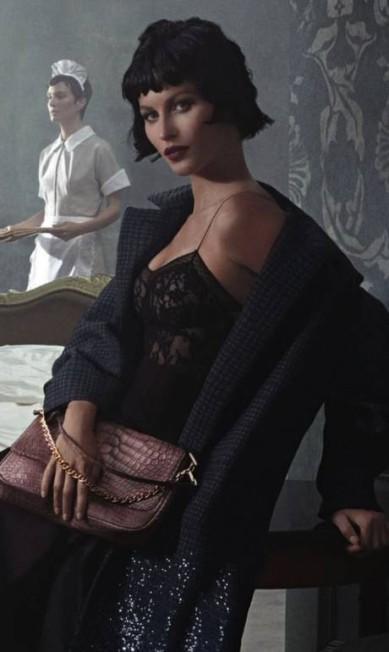 Gisele, de peruca preta, para a Louis Vuitton Divulgação