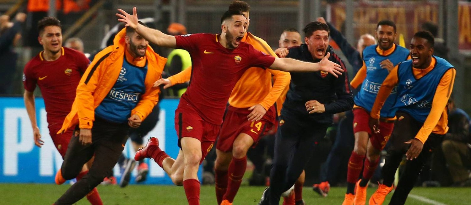 Manolas comemora o gol da classificação da Roma sobre o Barcelona Foto: TONY GENTILE / REUTERS