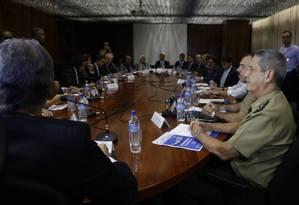 Deputados se reúnem com o general Braga Netto Foto: Michel Filho / Agência O Globo