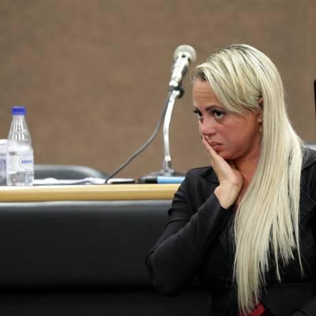Adriana foi condenada a 20 anos de prisão Foto: Márcio Alves / Agência O Globo