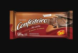 Fabricante identifica filamentos metálicos em quatro lotes da barra de chocolate Confeiteiro ao leite Foto: Reprodução