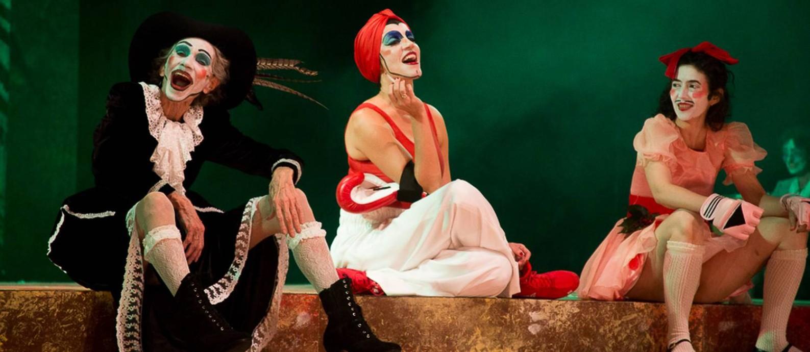 Cena da peça 'O Rei da Vela', de Oswald de Andrade, com direção de José Celso Martinez Correa Foto: Jennifer Glass / Divulgação