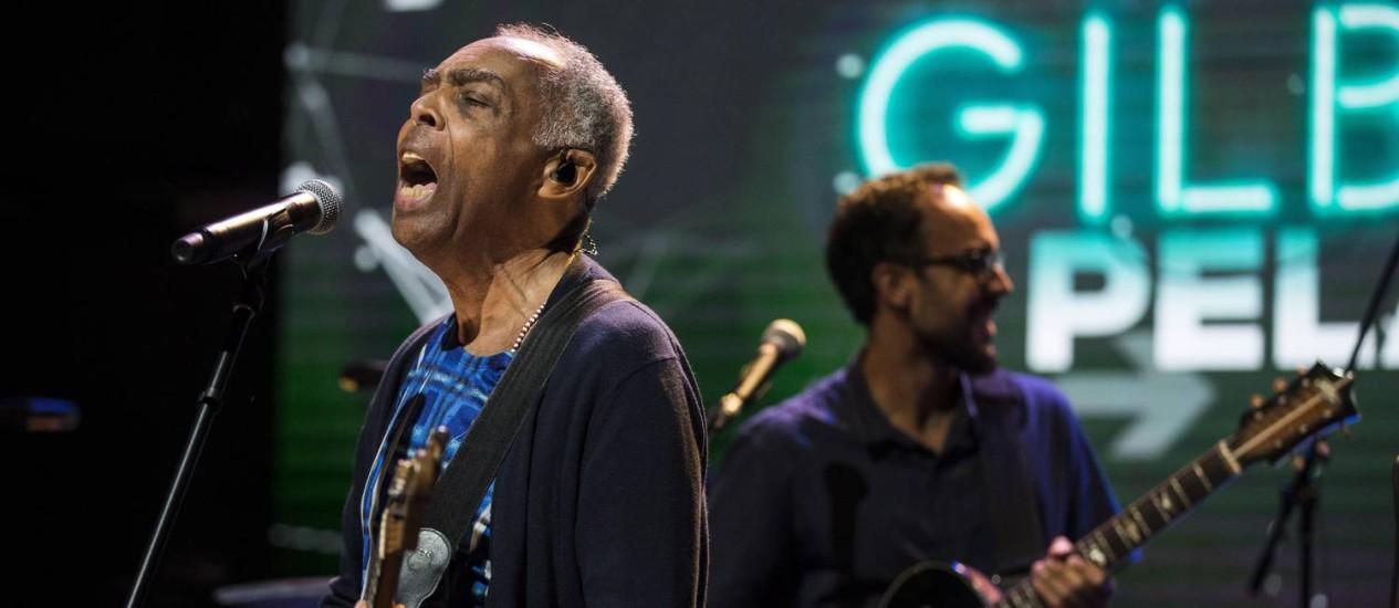 """Gilberto Gil lança nova versão da música """"Pela Internet"""" no Espaço YouTube Foto: Guito Moreto / Agência O Globo"""