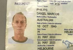 O passaporte de Christopher John Gott, em nome de Daniel Marcos Philips Foto: Reprodução
