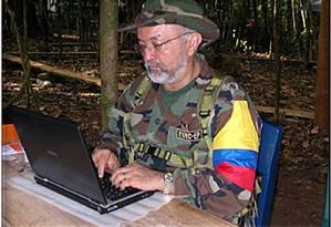 Raúl Reyes, morto em um acampamento das Farc no Equador Foto: AFP