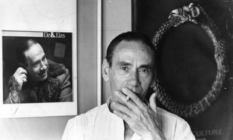 História. Com mais de 81 milhões de cópias vendidas, Nelson Gonçalves foi o segundo maior vendedor de discos da MPB Foto: Sebastião Marinho 30/07/1985 / Agência O Globo