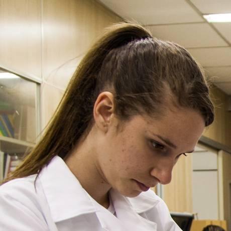 Laboratório no Centro de Ciências da Saúde da UFRJ Foto: Bárbara Lopes / Agência O Globo