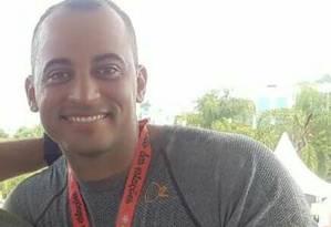 O cabo Diogo Bernardo Alcântara, de 34 anos, trabalhava no DPO do Largo da Batalha Foto: reprodução/whatsApp