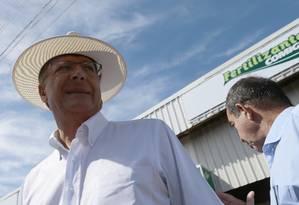Geraldo Alckmin visita ao feira agropecuária em Rio Verde (GO) Foto: Jorge William / Agência O Globo