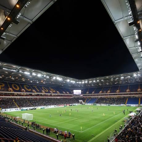Palco da estreia da seleção brasileira na Copa do Mundo, o estádio de Rostov-on-Don foi inaugurado neste domingo Foto: VITALY TIMKIV / AFP