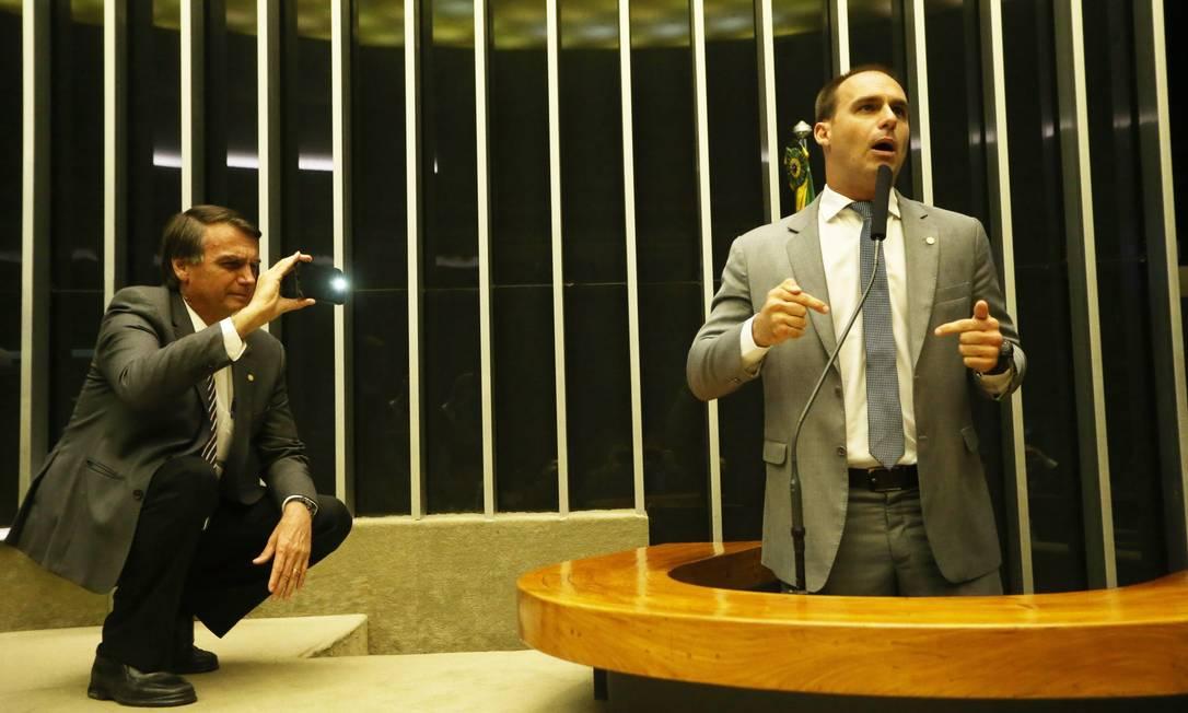 Eduardo Bolsonaro foi denunciado por ameaça Foto: Ailton de Freitas / Agência O Globo