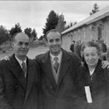 Antonio Manuel Gentile (ao centro) era dado como desaparecido desde 1977 Foto: Redes sociais / Reprodução