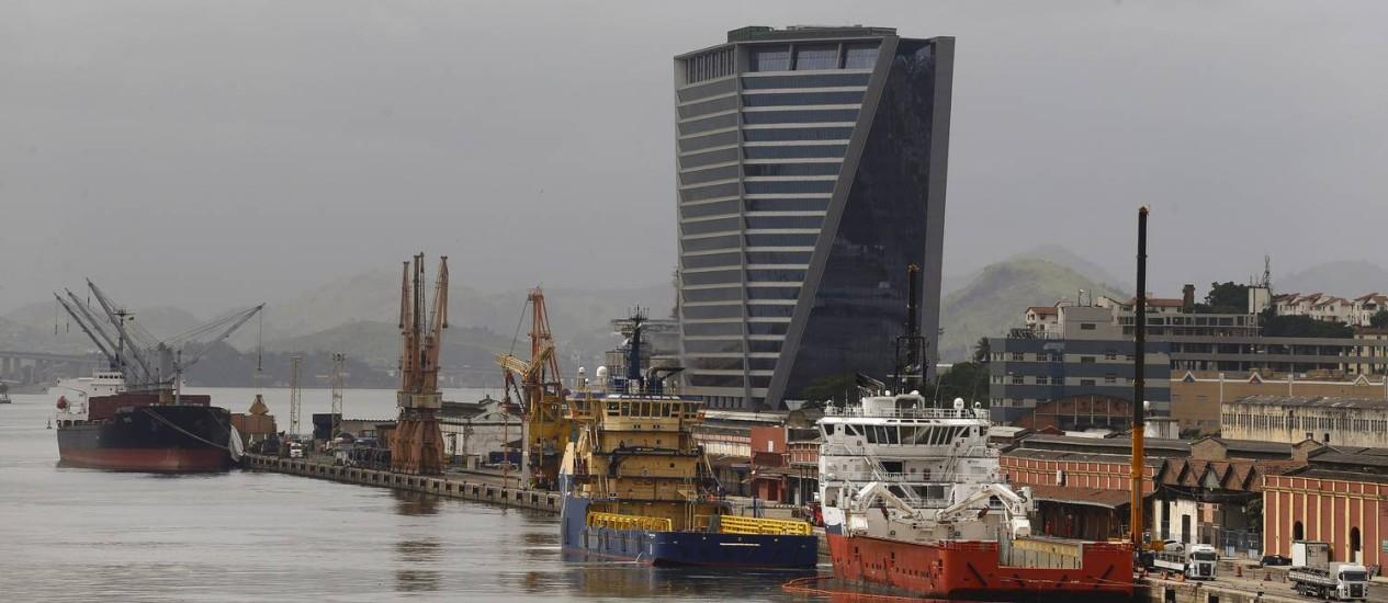 Empresas ocupam edifícios corporativos no Porto: empresa de startups e escritório de advocacia se instalam no Aqwa Foto: Pablo Jacob