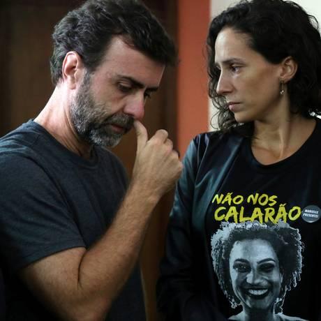 Marcelo Freixo e Mônica Benício, viúva de Marielle, após encontro com chefe da Polícia Civil, delegado Rivaldo Barbosa Foto: Custódio Coimbra / Agência O Globo