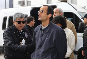 O empresário Marcelo Odebrecht, após ter sido preso pela Polícia Federal Foto: Geraldo Bubniak/Agência O Globo/20-06-2015