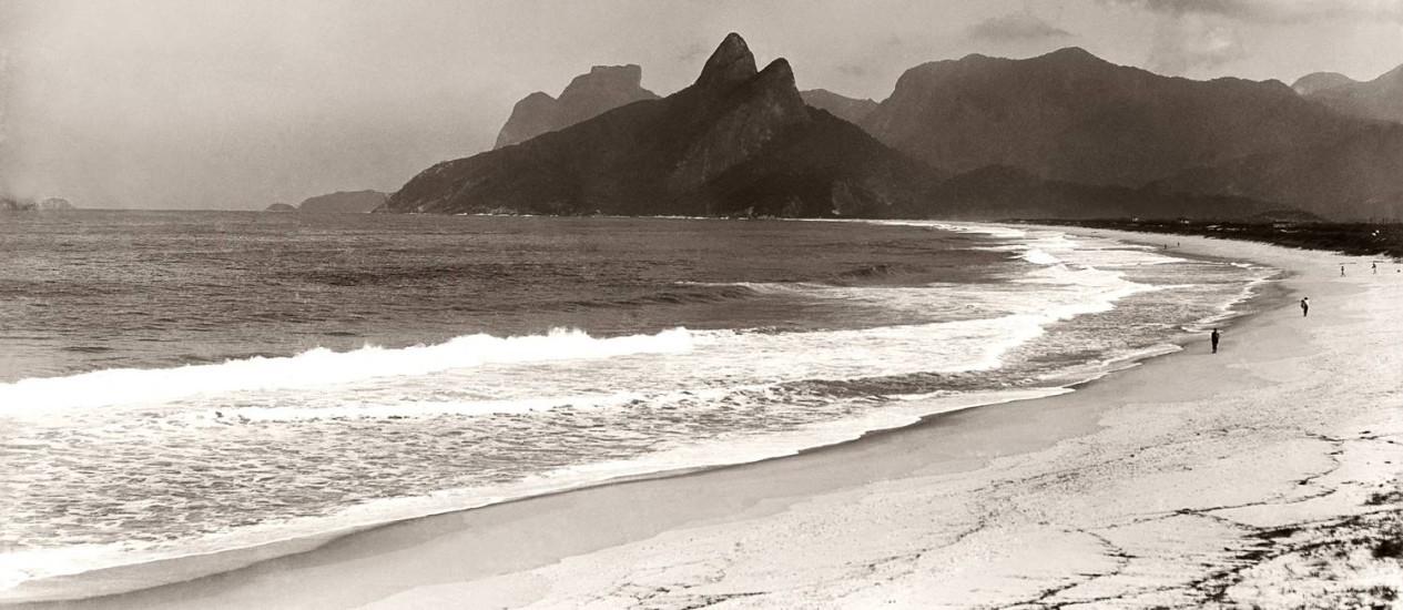A praia de Ipanema no final do século XIX Foto: Marc Ferrez / Acervo IMS